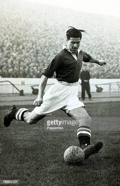 1953 John McNichol Chelsea inside forward 19521957