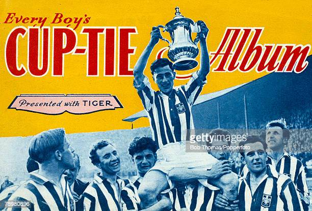 1955 1954 FA Cup Final at Wembley West Bromwich Albion 3 v Preston North End 2 A colourful souvenir booklet produced in 1955 featuring the victorious...