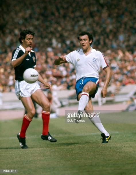 1977 British Championship at Wembley England 1 v Scotland 2 England's Ray Kennedy plays the ball past Scotland's Don Masson left Ray Kennedy won 17...