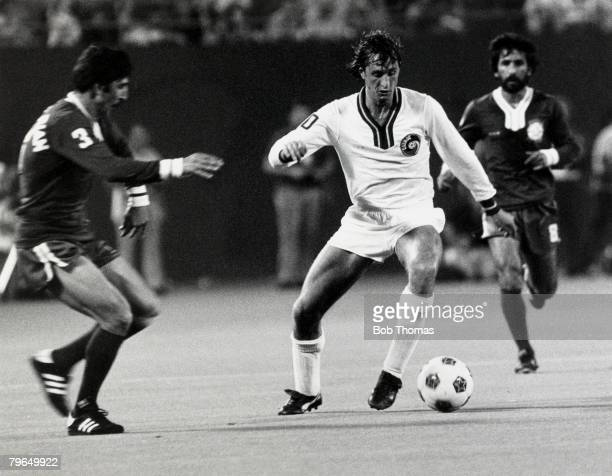 New York Cosmos 2, v World All Stars XI 2, at the Giants Stadium, New York, Johan Cruyff, , New York Cosmos