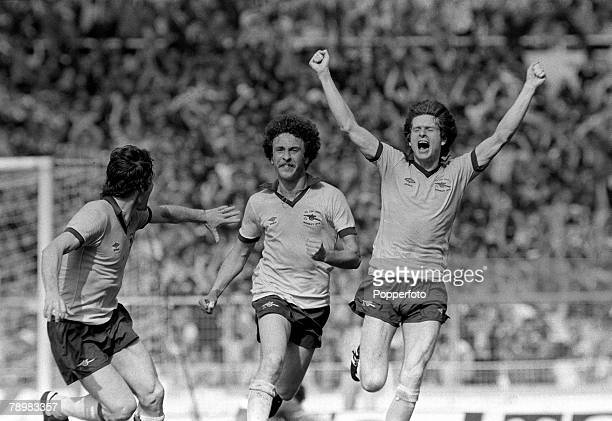 1979 1979 FA Cup Final at Wembley Arsenal 3 v Manchester United 2 Arsenal's Alan Sunderland centre celebrates with Pat Rice left and Steve Walford...