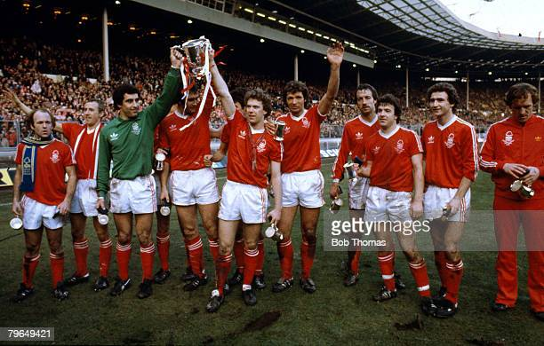1979 League Cup Final at Wembley Nottingham Forest 3 v Southampton 2 Nottingham Forest the League Cup winners leftright Archie Gemmill McGovern...