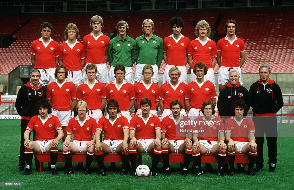 1979-1980 season, Manchester United squad, Back row, left-right, Kevin Moran, Jimmy Nicholl, Gordon McQueen, Paddy Roche, Gary Bailey, Nikola Jovanovic, Ashley Grimes, Joe Jordan, Middle row, left-right, Laurie Brown (Physio), Sammy McIlroy, Andy Ritchie, Mike Duxbury, Tom Connell, Jimmy Greenhoff, Stewart Houston, Tommy Cavanagh (Coach), Dave Sexton (Manager), Front row, left-right, Mickey Thomas, Tom Sloan, Lou Macari, Martin Buchan, Ray Wilkins, Steve Coppell, Arthur Albiston