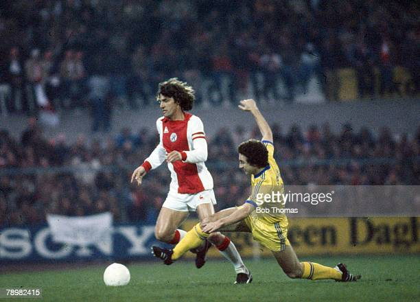 1980 European Cup Nottingham Forest v Ajax Amsterdam Ajax captain Rudi Krol is tackled by Nottingham Forest's Martin O'Neill