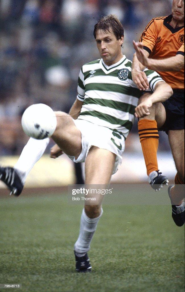 BT Sport, Football, pic: 1980's, Scottish Premier Division, Celtic 1 v Dundee United 1, Tom McAdam, Celtic : News Photo