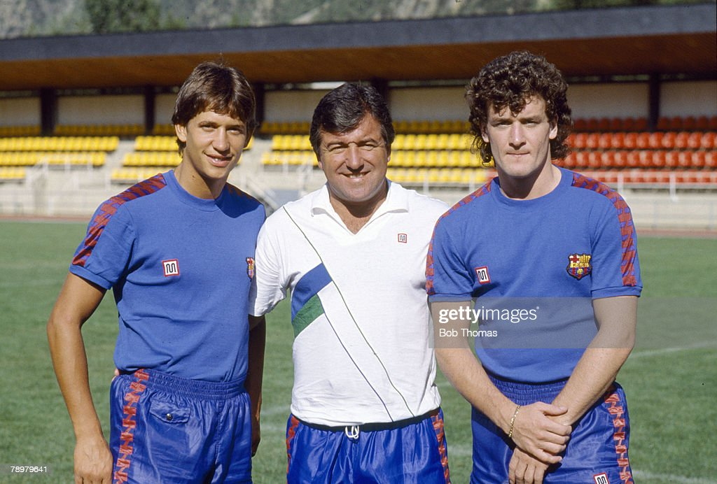 BT Sport. Football. pic: 1986. Barcelona Training in Andorra. Barcelona Coach Terry Venables with his new British signings Gary Lineker, left and Mark Hughes. : News Photo