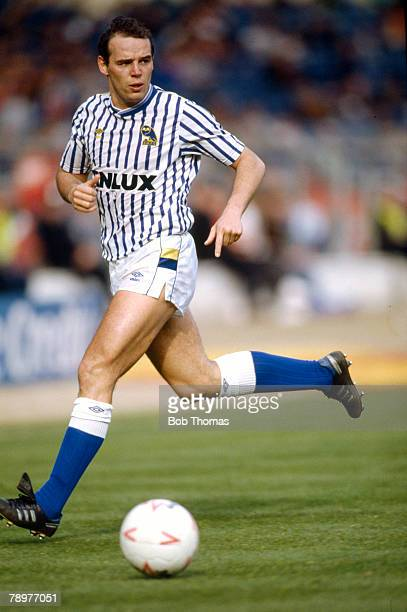 1988 Mel Sterland Sheffield Wednesday defender 19781988 who also won 1 solitary England cap in 1989