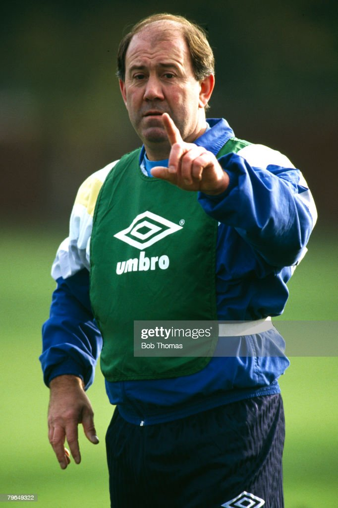 BT Sport, Football, pic: 1992, Howard Kendall, Everton Manager in his 2nd spell at the club, In a successful 1st term as Everton Manager (1981-1987), Howard Kendall won 2 League Championships,the FA, Cup and European Cup Winners Cup : News Photo