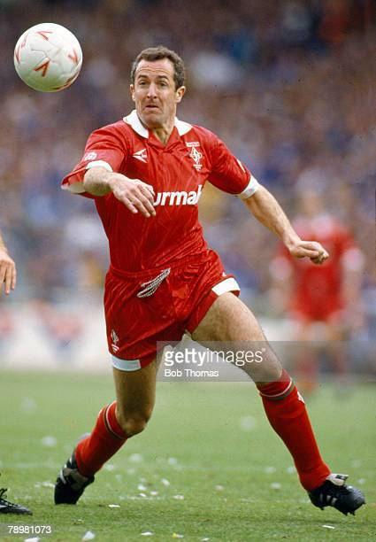 1993 Division 1 Playoff Final at Wembley Swidon Town 4 v Leicester City 3 Steve White Swindon Town