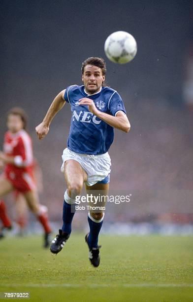 1st November 1987 Division 1 Liverpool 2 v Everton 0 Pat Van Den Hauwe Everton full back Pat Van Den Hauwe also won 13 Welsh international caps...