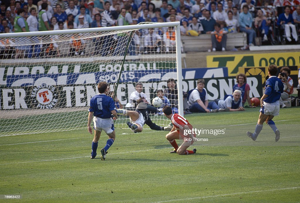 BT Sport. Football. pic: 20th May 1989. FA. Cup Final at Wembley. Evertton 2 v Liverpool 3 a.e.t. Liverpool striker Ian Rush (14) scores the winning goal past the despairing dive of Everton goalkeeper Neville Southall. : News Photo