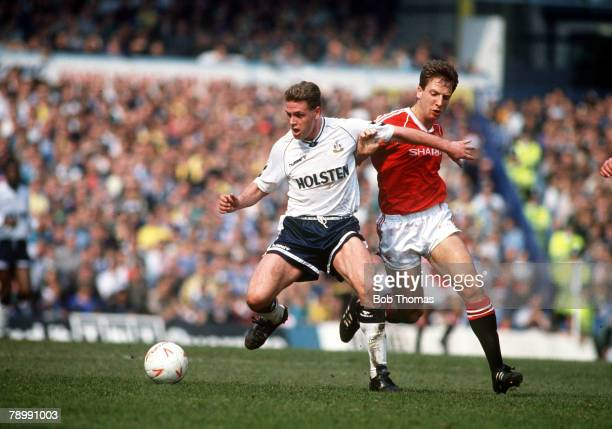21st April 1990 Division 1 Tottenham Hotspur 2 v Manchester United 1 Tottenham Hotspur's Paul Gascoigne contests the ball with Manchester United's...