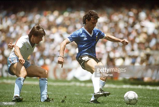 22nd June 1986 World Cup Quarter Final in Mexico City England 1v Argentina 2 Argentina's Jose Cuciuffo shields the ball from England's Peter Beardsley