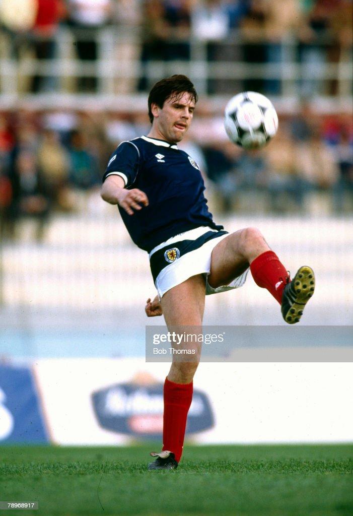 Sport. Football. pic: 22nd March 1988. Friendly International in Valetta. Malta 1 v Scotland 1. Graeme Sharp , Scotland striker. Graeme Sharp, Everton striker 1979-1991, won 12 Scotland international caps between 1985-1988. : News Photo
