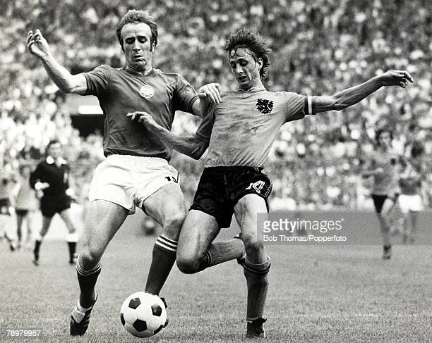 23rd June 1974 1974 World Cup Finals in West Germany Holland 4 v Bulgaria 1 in Dortmund Holland's Johan Cruyff right is challenged by Bulgaria's...