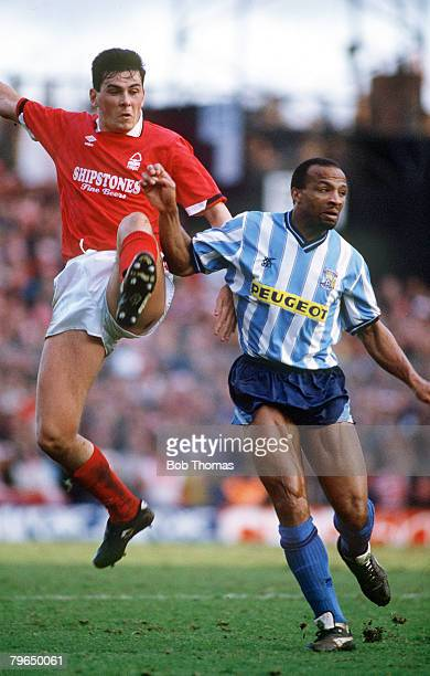 25th February 1990 Littlewoods Cup SemiFinal 2nd Leg Coventry City 0 v Nottingham Forest 0 Forest win 21 on agg Nottingham Forest's Steve Chettle...