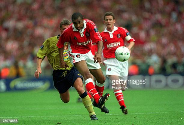 25th May 1998 Division 1 PlayOff Final at Wembley Charlton Athletic 4 v Sunderland 4 Charlton Athletic's Mark Bright on the attack