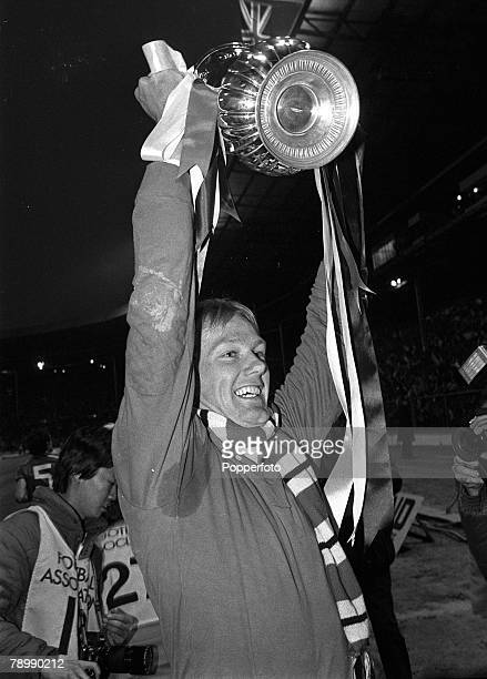 26th May 1983 FA Cup Final replay at Wembley Manchester United 4 v Brighton and Hove Albion 0 Manchester United goalkeeper Gary Bailey holds the Cup...