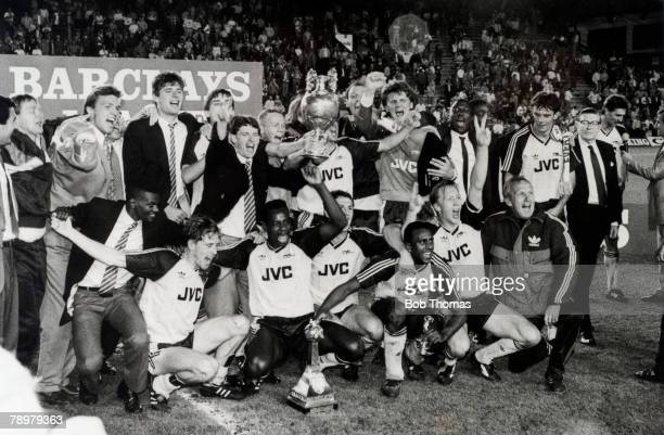 26th May 1989 Division 1 Liverpool 0 v Arsenal 2 Arsenal celebrate winning the League Championship in a shock win at Anfield The winning Arsenal team...
