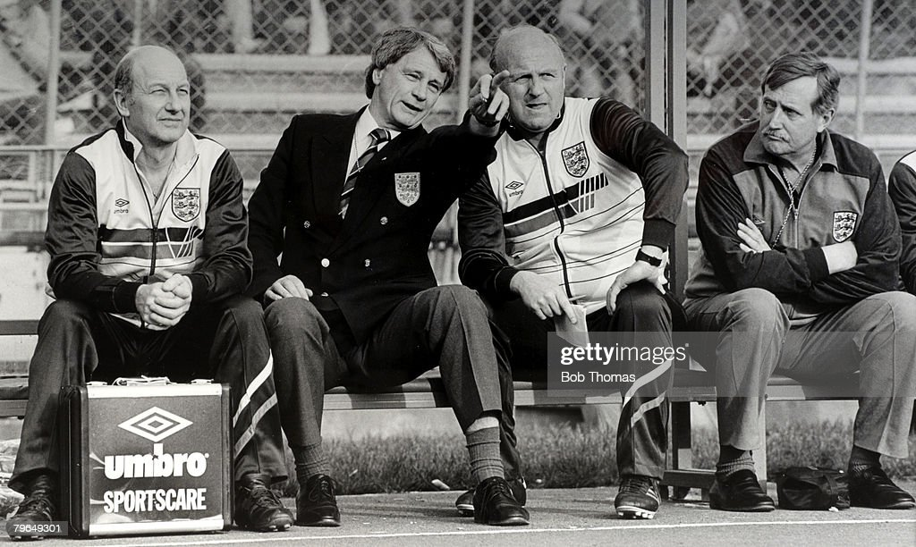 BT Sport, Football, pic: 27th April 1988, Budapest, Friendly International, Hungary 0 v England 0, England Manager Bobby Robson makes a point to Coach Don Howe as Physio Fred Street and Dr, John Crane, right, look on : News Photo