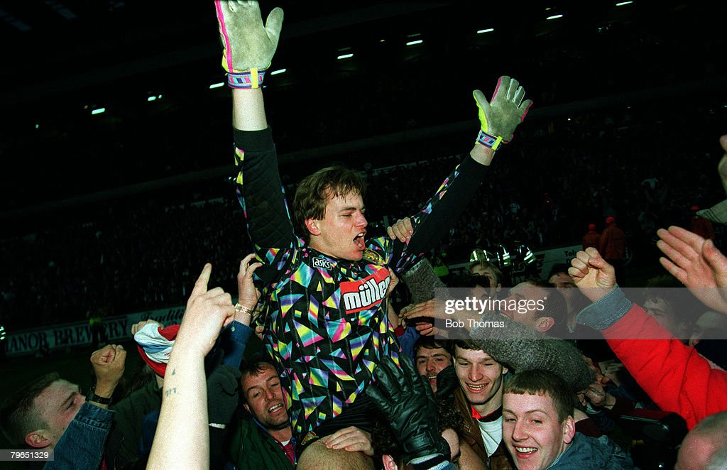 Sport, Football, pic: 27th February 1993, Coca Cola Cup Semi-Final, Second Leg, Aston Villa 3 v Tranmere Rovers 1 (4-4 on aggregate after extra time, Villa win 5-4 on penalties), Aston Villa goalkeeper Mark Bosnich celebrates after as he is chaired by sup : News Photo