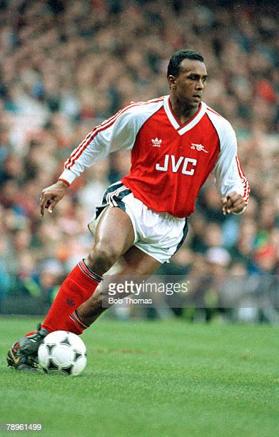 27th January 1990 FA Cup 4th Round David Rocastle Arsenal midfielder 19841992 David Rocastle won 14 England international caps between 19891992 He...