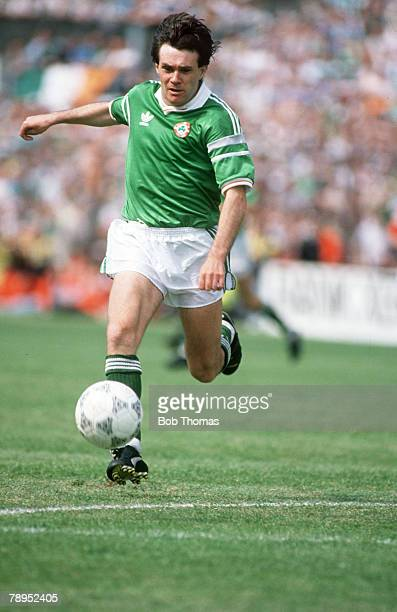 28th May 1989 World Cup Qualifier in Dublin Republic of Ireland 2 v Malta 0 Ray Houghton Republic of Ireland