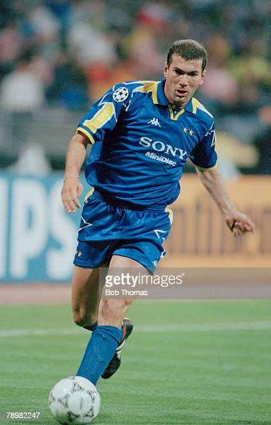 28th May 1997, UEFA, Champions League Final in Munich, Borussia Dortmund 3 v Juventus 1, ZInedine Zidane, Juventus, Zinedine Zidane, an attacking...