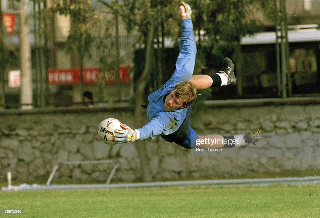 Sport. Football. pic: 29th April 1991. England Training in Izmir, Turkey. Nigel Spink, England and Aston Villa goalkeeper, who won his 1 solitary England international cap in 1983. : News Photo