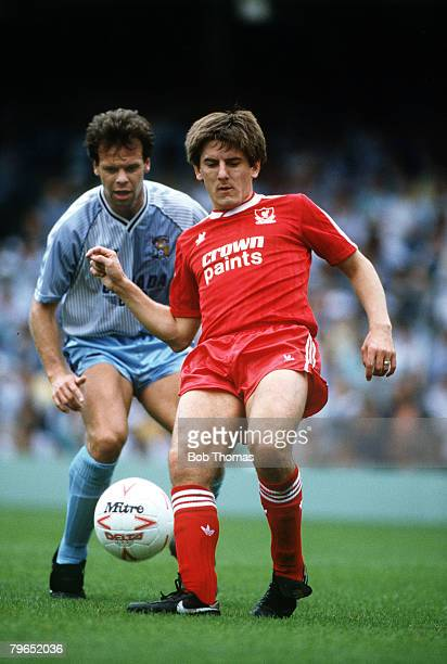 29th August 1987 Division One Coventry City 1 v Liverpool 4 Liverpool's Peter Beardsley challenged from behind by Coventry City's Trevor Peake