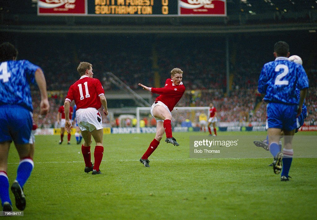 BT Sport, Football, pic: 29th March 1992, Zenith Data Systems Cup Final at Wembley, Nottingham Forest 3 v Southampton 2, a,e,t, Nottingham Forest's Scot Gemmill shoots to score the 1st of his 2 goals : News Photo