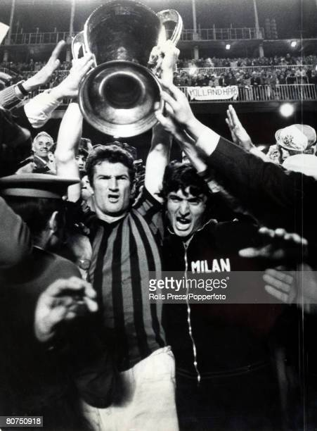 29th May 1969 European Cup Final in Madrid AC Milan 4 v Ajax Amsterdam 1 ACMilan celebrations at the end of the game with captain Angelo Sormani...