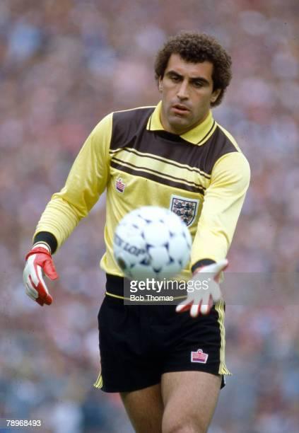 29th May 1982 British Championship at Hampden Park Scotland 0 v England 1 Peter Shilton England goalkeeper Peter Shilton won 125 England...