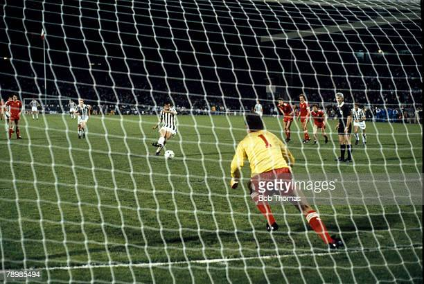 29th May 1985, European Cup Final in Brussels, Liverpool 0 v Juventus 1, Juventus' Michel Platini beats Liverpool goalkeeper Bruce Grobbelaar from...