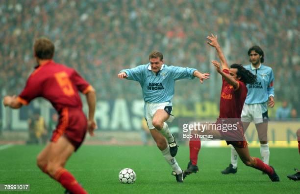 29th November 1992 Italian League Serie A Lazio 1v Roma 1 Lazio's Paul Gascoigne takes on the Roma defence in the Rome derby Paul Gascoigne played...