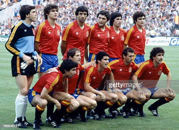 2nd July 1982 1982 World Cup Finals in Spain Spain 1 v West Germany 2 Spain team group amongst the players Arconada Gordillo Camacho Alescano Alonso...
