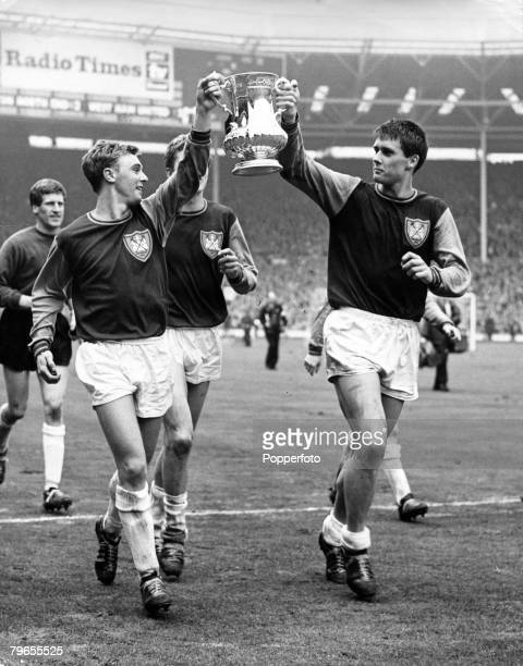 2nd May 1964 1964 FA Cup Final at Wembley West Ham United 3 v Preston North End 2 West Ham United players John Sissons left and Geoff Hurst parade...