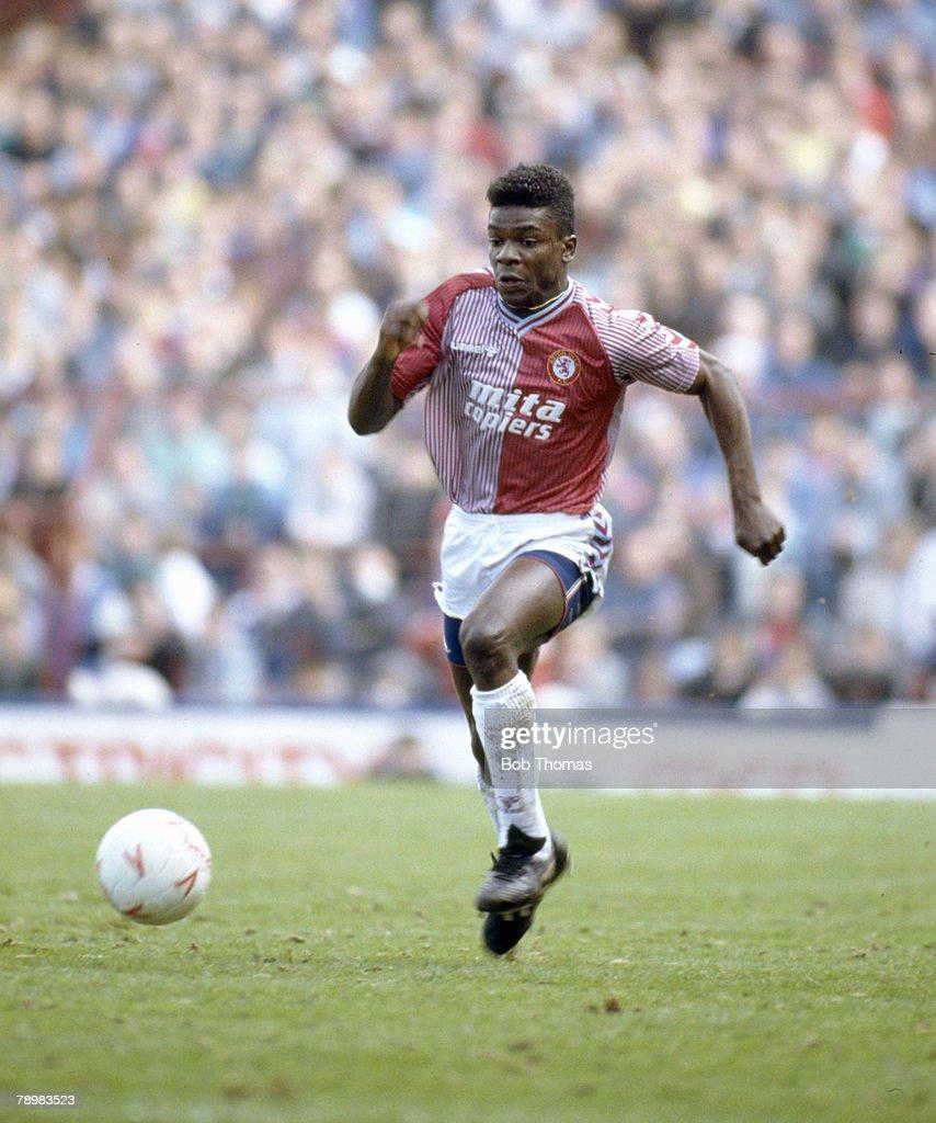 Sport. Football. pic: 2nd May 1988. Division 2. Aston Villa 1 v Bradford City 0. Tony Daley, Aston Villa. : News Photo