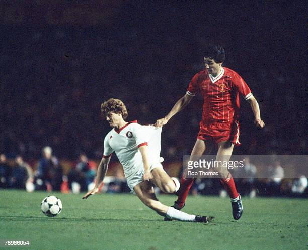 30th May 1985, European Cup Final in Rome, Roma 1 v Liverpool 1, after extra time, , Liverpool defender Alan Hansen hold's Roma's Chierico, as he...