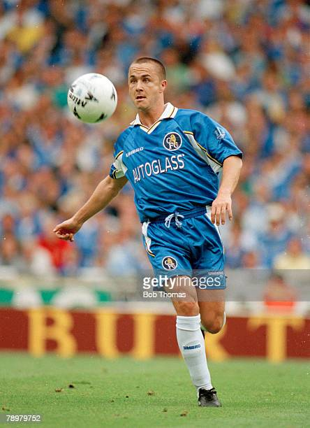 3rd August 1997 FA Charity Shield at Wembley Manchester United beat Chelsea 42 on penalties Dennis Wise Chelsea Dennis Wise also won 21 England...