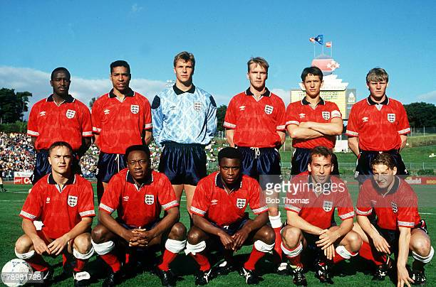 3rd June 1991 International Match in Auckland New Zealand 0 v England 1 England team group leftright Earl Barrett Des Walker Chris Woods Geoff Thomas...