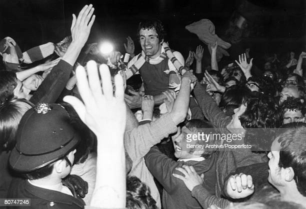 4th May 1971 Division 1 Tottenham Hotspur 0 v Arsenal 1 Arsenal's Frank McLintock is chaired from the pitch by 'Gunners' fans after Arsenal had...