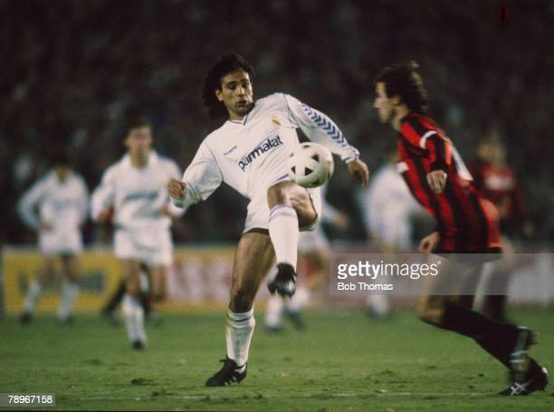 5th April 1989 European Cup SemiFinal 1st Leg Real Madrid 1 v AC Milan 1 Hugo Sanchez Real Madrid