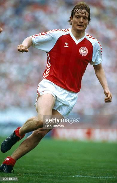 5th June 1985 World Cup Qualifier in Copenhagen Denmark 4 v USSR Soren Lerby Denmark