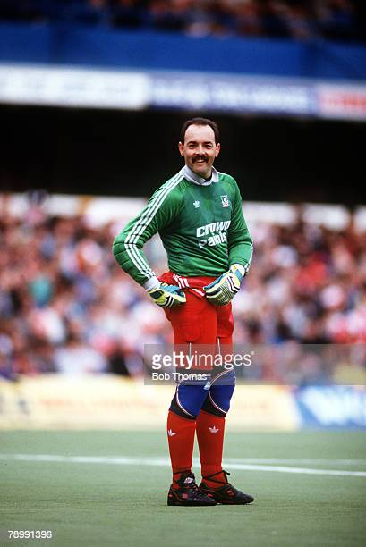 5th March 1988 Division 1 Queens Park Rangers 0 v Liverpool 1 Liverpool's Bruce Grobbelaar wearing protecive clothing for the synthetic turf