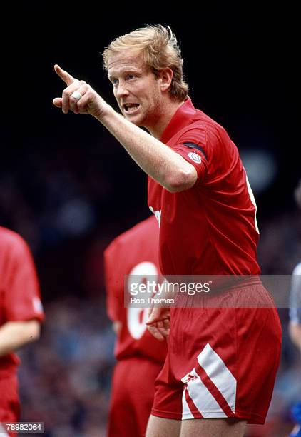 6th April 1992 Division 1 Mark Wright Liverpool central defender 19911998 Mark Wright won 45 England international caps between 19841996