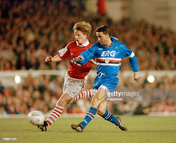 6th April 1995 European Cup Winners Cup SemiFinal Arsenal 3 v Sampdoria 2 Arsenal's Stefan Schwarz left and Sampdoria's Roberto Mancini in a race for...