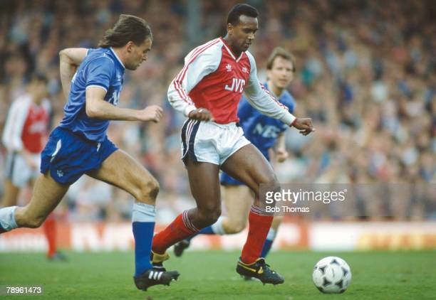 8th April 1989 Division 1 Arsenal's David Rocastle under pressure from Everton's Pat Van Den Hauwe David Rocastle won 14 England international caps...