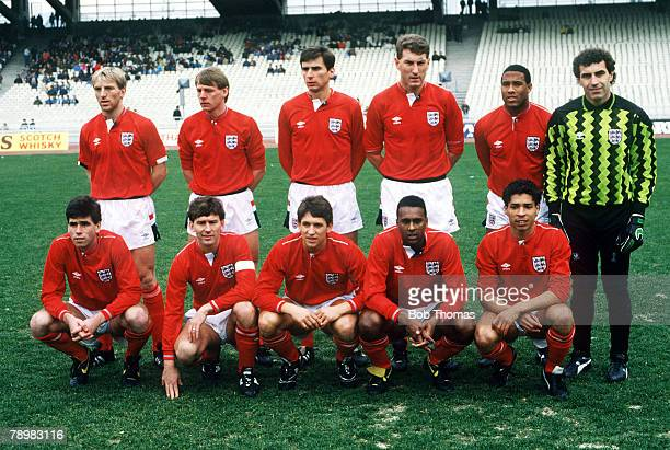 8th February 1989 Friendly International Athens Greece vs England England back row left right Gary Stevens Stuart Pearce Alan Smith Terry Butcher...