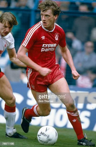 9th April 1988 FA Cup Final at Hillsborough Nottingham Forest 1 v Liverpool 2 Nigel Spackman Liverpool midfielder